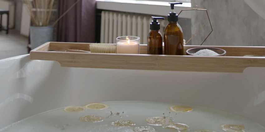 O que é Aromaterapia e como fazer na sua banheira.